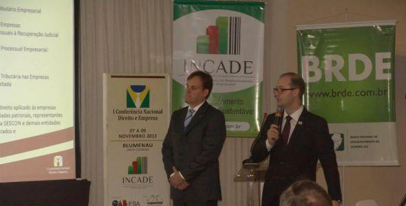 Organizar Eventos faz conferência com Incade e OAB/SC