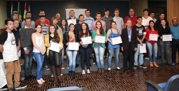 Geração TEC forma 49 alunos na área de TI em Rio do Sul