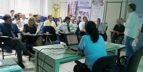 Organizar participa de reunião no Sescon Blumenau