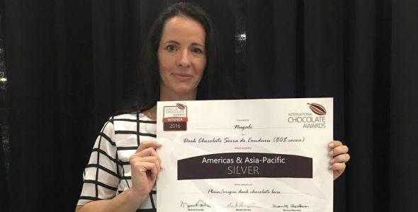 Nugali recebe medalha de prata em competi��o mundial de chocolates