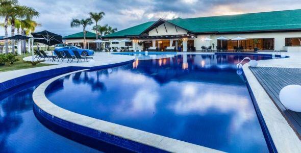 Reserva Cambori� � o �nico de SC que oferece campo de golfe e atracadouros