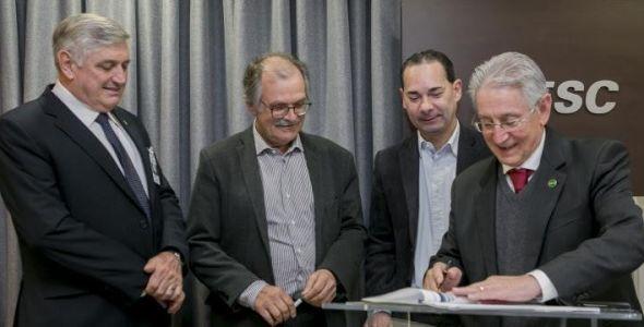 Fiesc e Sebrae firmam conv�nio para inova��o de micro e pequenas empresas
