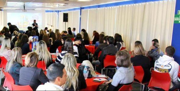 Evento apresenta as melhores práticas de gestão no ambiente de trabalho
