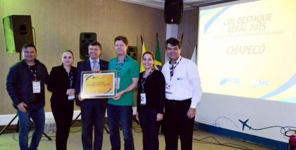 CDL Chapec� recebe pr�mio de melhor CDL de Santa Catarina