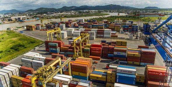 Portonave renova rota de servi�o com o continente asi�tico