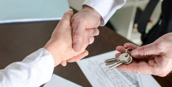 Preços de aluguel registram queda do valor médio no país