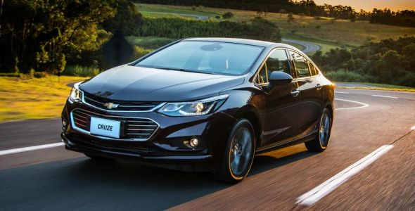 Novos modelos do Chevrolet Cruze sofrem primeiro reajuste