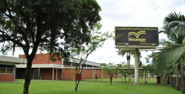 Uniasselvi quer expandir cursos presenciais com 16 novos campus na região Sul