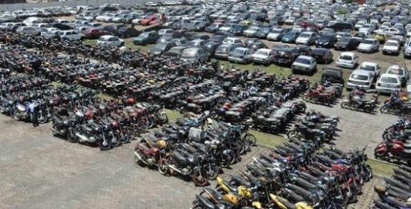Detran SC realiza último leilão de veículos e motocicletas de 2016