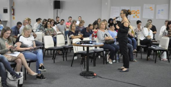Santa Catarina implanta novo ensino médio em 16 escolas estaduais