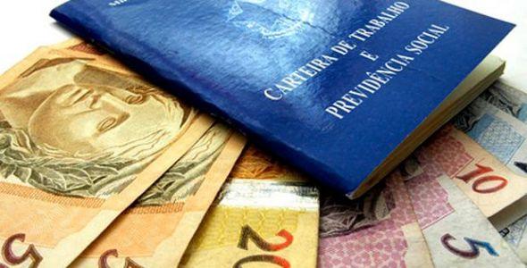 Mais de 700 mil trabalhadores catarinenses devem receber o PIS e PASEP