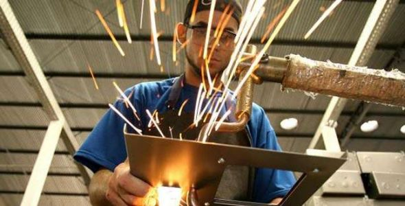 Produção Industrial se mantém estavél em Santa Catarina