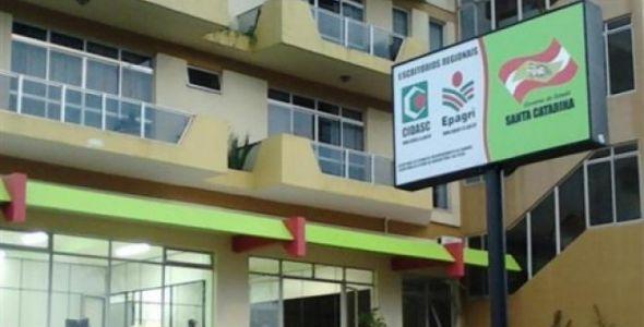 Governador sanciona lei que aplica regras de governança para empresas estatais