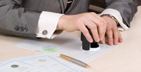 Cartórios iniciam serviço de legalização de documentos para uso internacional