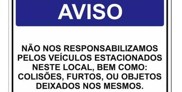 Lei proíbe avisos em estacionamento sobre responsabilidade de objetos em veículos