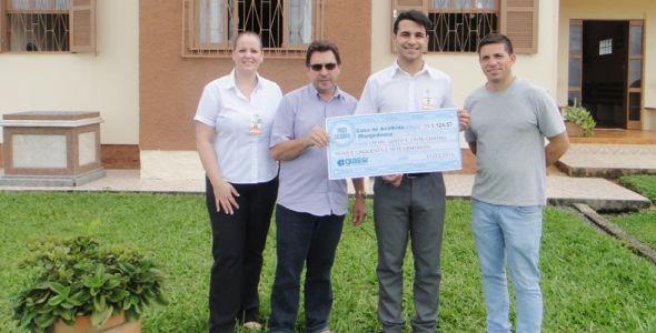 Giassi Supermercados arrecada mais de R$ 178 mil em doações em 2016