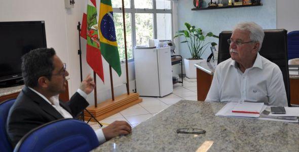 Santa Catarina e Argentina estudam nova rota para transportes de cargas