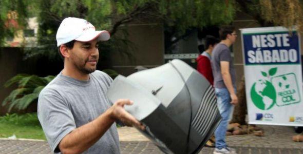 Programa recolhe volume recorde de resíduos eletrônicos em SC