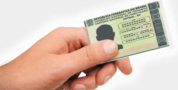Detran estima que mais de 500 mil motoristas serão notificados sobre suspensão da CNH