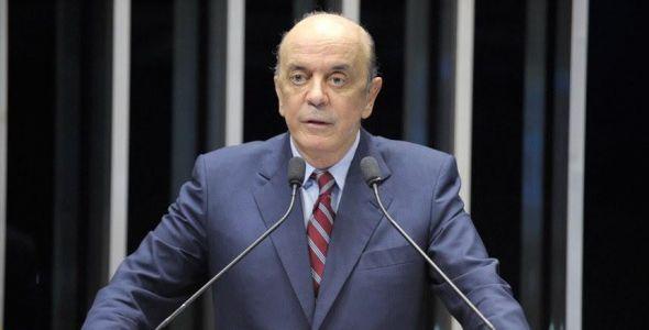 Fecomércio emite comunicado sobre saída de José Serra de ministério