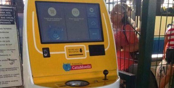 Terminais de ônibus da capital recebem máquina de CataMoeda