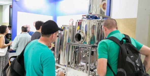 Blumenau fecha parceria com empresa alemã para Feira Internacional da Cerveja