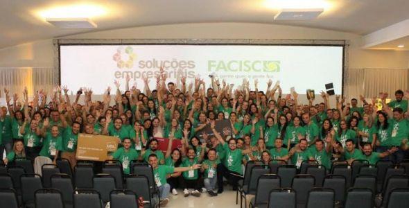 Convenção da Facisc acontece com presença de associações empresariais