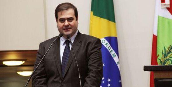 Secretário Carlos Alberto Chiodini faz palestra em Gaspar
