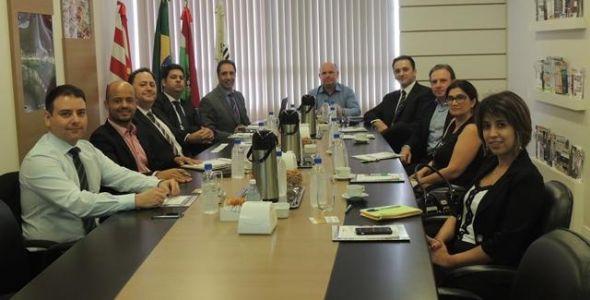 SindsegSC realiza reunião com CVG Paraná