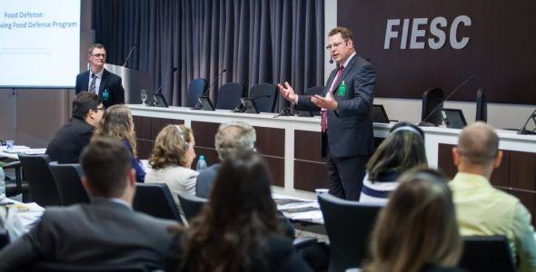 Especialistas apresentam novas regras de comércio de alimentos para EUA