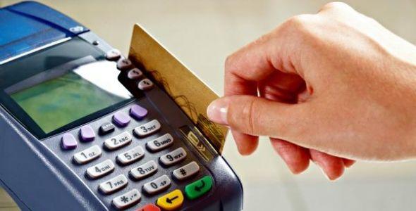 Novas regras no cartão de crédito não diminuirão endividamento