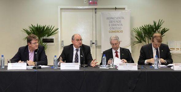 Fecomércio SC adere ao programa social de educação Novos Caminhos