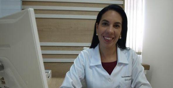 Neurocirurgiã catarinense recebe título internacional