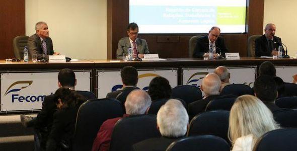 Fecomércio SC traz relator da terceirização para debater legislação