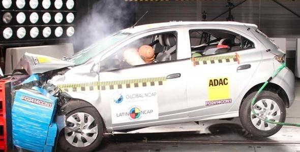 Projeto de lei propõe teste de impacto de veículos obrigatório no Brasil
