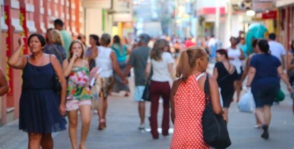 Santa Catarina registra maior volume de vendas do Brasil em abril, aponta IBGE