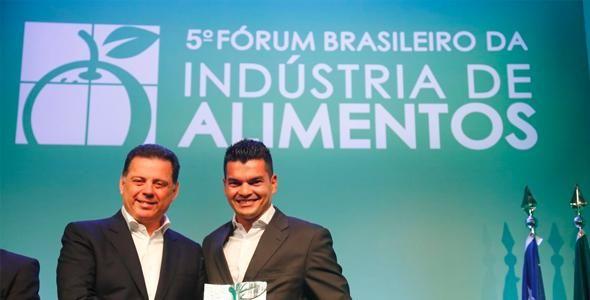 Aurora Alimentos - Cooperativa ganha prêmio Lide da indústria de Alimentos 2017