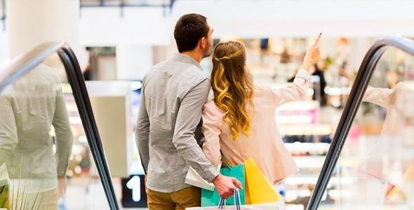 Casais foram comedidos nas compras do Dia dos Namorados em Santa Catarina