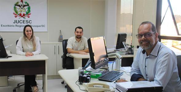 Escritório Regional da JUCESC/Brusque terá o sistema -Via Única