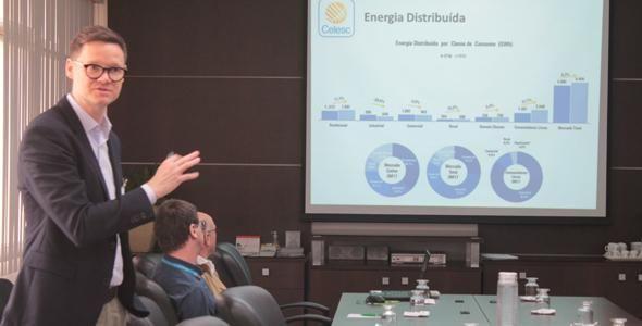 Presidente da Celesc participa de reunião com empresários na Acibr