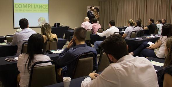 IV Seminário Contábil Tributário das Cooperativas Catarinenses está com inscrições abertas