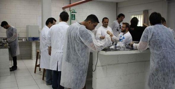 Chega a SC primeiro curso de microdestilaria da América Latina