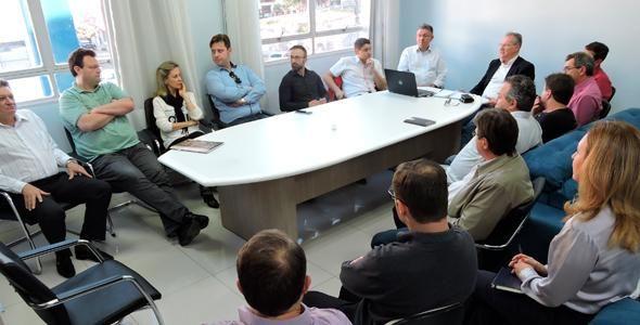 São Miguel do Oeste forma comissão para curso de medicina
