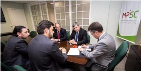 MPSC e Junta Comercial formalizam acordo para troca de informações