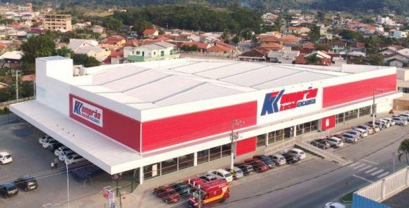 Komprão Koch Atacadista oferece mais de 100 vagas de emprego em Navegantes