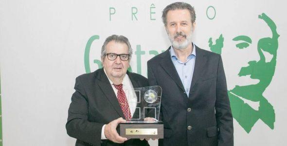 Blusoft conquista Prêmio Gustav Salinger de Empreendedorismo Social
