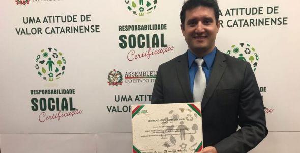 Blusoft recebe Certificado de Responsabilidade Social da Alesc