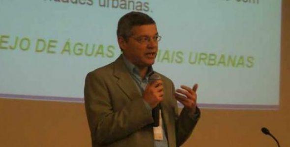 Professor blumenauense é eleito presidente da Associação Brasileira de Recursos Hídricos