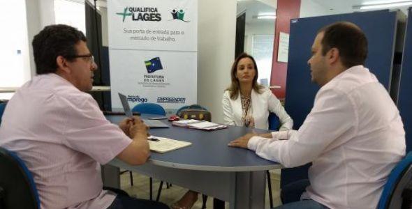 Reunião discute implantação da Sala do Empreendedor em Lages