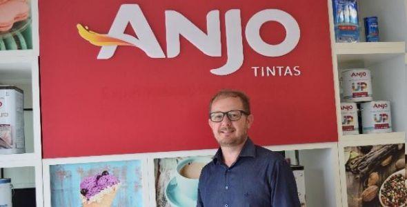 Alexsandro Zanoni assume diretoria administrativa da Anjo Tintas